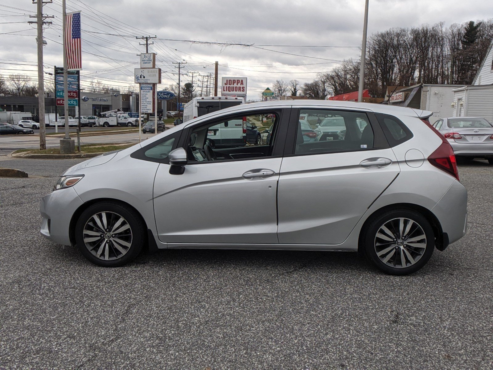 Pre-Owned 2015 Honda Fit EX