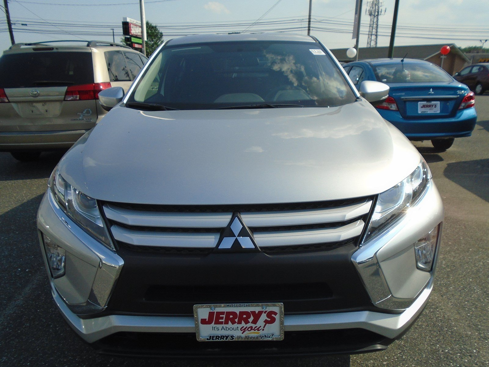 New 2018 Mitsubishi Eclipse Cross ES FWD